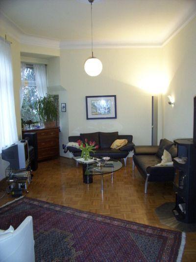 Maassen immobilien diese wohnung in landhaus altbauvilla for Kaminofen landhaus